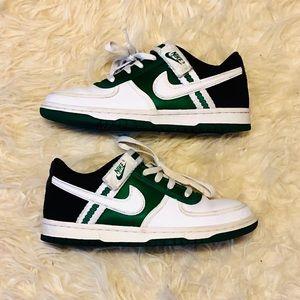 Nike Vandal Leather Sneakers